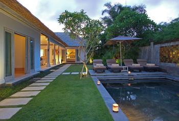 Serene Villas Bali - 3 Kamar Palm Villa with Private Pool Basic Deal