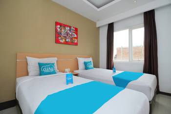 Airy Semarang Barat Amarta Raya - Deluxe Twin Room Only Regular Plan