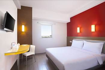 Hotel Amaris Karawang - Smart Room Queen Staycation Offer Room Only Regular Plan