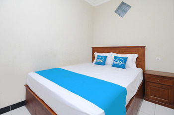 Airy Syariah Manahan Bangau Enam 8 Solo - Standard Double Room Only Regular Plan