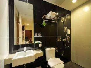 Hotel Pyrenees Jogja - Superior Twin Room SPESIAL RAMADHAN