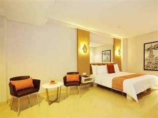 Hotel Pyrenees Jogja - Junior Suite Room SPESIAL RAMADHAN