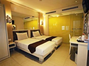 Hotel Pyrenees Jogja - Superior Twin ( 2 Bed Kecil ) Special New Normal