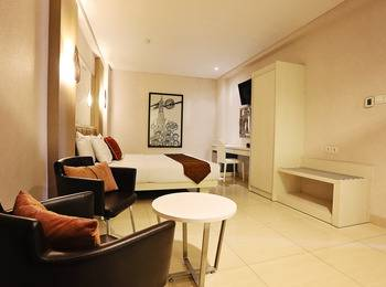 Hotel Pyrenees Jogja - Junior Suite King ( 1 Bed Besar ) Special New Normal
