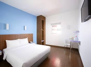 Amaris Hotel Tangerang - Smart Room Queen Regular Plan