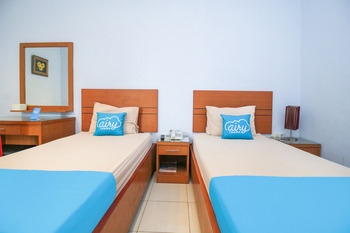 Airy Wajo Buru 23 Makassar - Deluxe Twin Room Only Special Promo Oct 33