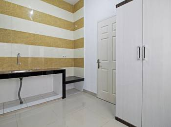 RedDoorz near Eka Hospital BSD 3 - Deluxe Room Regular Plan