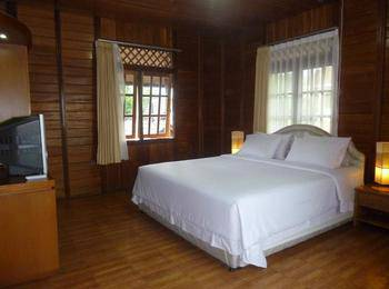 Hotel Pesona Bamboe Bandung - Family Room With Breakfast For 2 Persons Promo weekend
