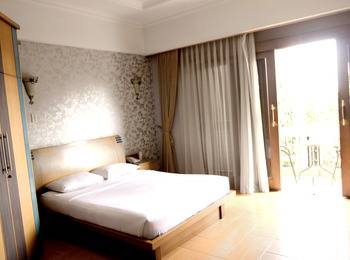 Hotel Pesona Bamboe Bandung - Premiere Room With Breakfast Promo weekend