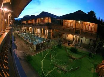 Hotel Pesona Bamboe Bandung - Executive Pool View With Breakfast Regular Plan