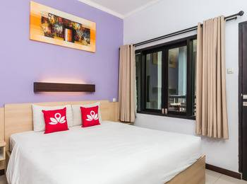 ZenRooms Legian Dewi Sri 2 Bali - Standard Room (Room Only) Regular Plan