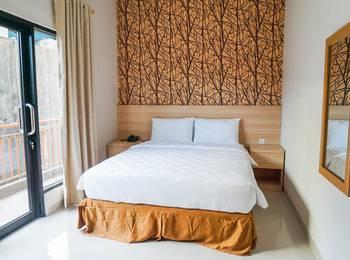 Bahu Bay Residence Manado - Deluxe Room Only Regular Plan