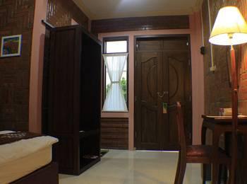 Griya Inap Moeslem Kemala Seturan Yogyakarta - Superior Room Regular Plan