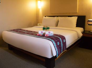 Rattan Inn Banjarmasin - Deluxe Room Breakfast Regular Plan