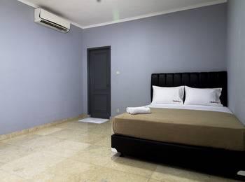 RedDoorz @Benda Atas Jakarta - Reddoorz Room Special Promo Gajian
