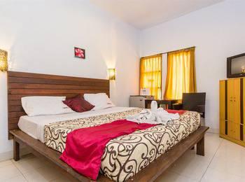RedDoorz near Semawang Beach Sanur Bali - RedDoorz Room Regular Plan
