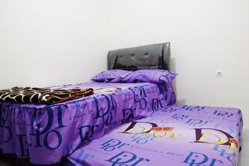Onyo Sigura-gura Inn Malang - Superior Room Regular Plan