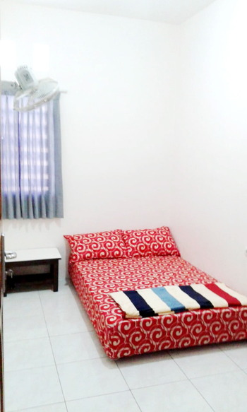Onyo Sigura-gura Inn Malang - Standard Shared Bathroom Regular Plan