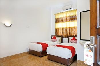 OYO 694 Khasanah Residence Pekanbaru - Standard Twin Room Regular Plan