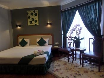 Hotel Ghotic Bandung - Suite Room Regular Plan