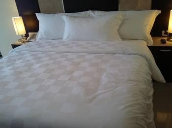 Sunbreeze Hotel Jakarta - Deluxe Room Regular Plan