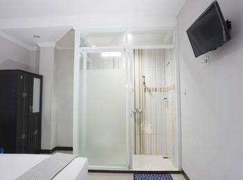 RedDoorz @Blok A Jakarta - RedDoorz Room Special Promo Gajian