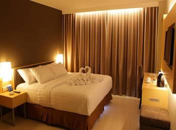 Maestro Hotel Kota Baru Pontianak - Superior Room Only Regular Plan