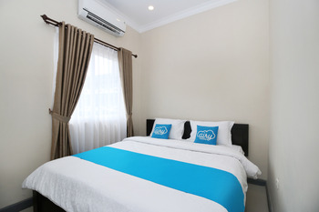 Airy Syariah Klojen Kawi 7A Malang Malang - Standard Double Room Only Special Promo Sep 42