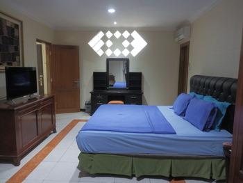 Hotel Mahadria Syariah Serang - Suite Room Regular Plan