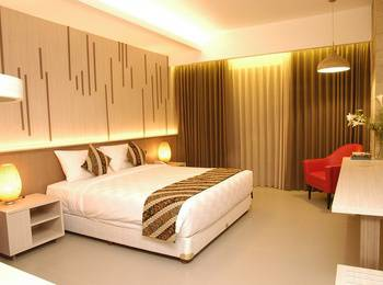 Grand Laguna Hotel and Villa Solo Solo - Superior King Bed Room With Breakfast Regular Plan