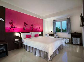 favehotel Kelapa Gading - Superior Room With Breakfast Regular Plan