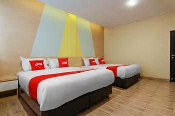 OYO 3476 Millenium Inn Medan - Suite Double Regular Plan