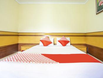 OYO 2706 Hotel Lodaya Syariah Bandung - Deluxe Double Room Regular Plan