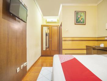 OYO 2706 Hotel Lodaya Syariah Bandung - Standard Double Room Regular Plan