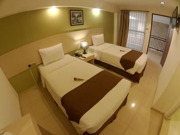 The Naripan Hotel by KAGUM Hotels Bandung - Superior Twin Room Only KAGUM Hotels Safe Stay Deals