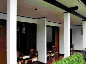 Aster Hotel & Restaurant Malang - Superior Room  Regular Plan