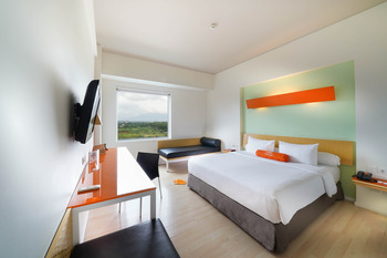 HARRIS Sentul - Work From Hotel - 1 Pax Regular Plan
