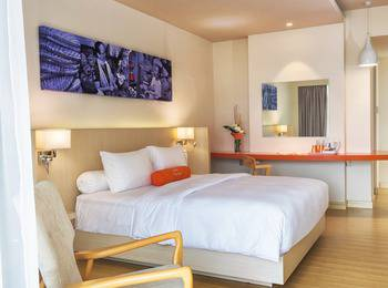 HARRIS Resort Barelang Batam Batam - HARRIS Room Pool View - Room Only Regular Plan