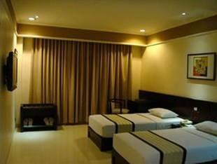Hotel Cemerlang Bandung - Superior Room Regular Plan
