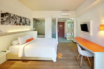 HARRIS Hotel Seminyak Bali - HARRIS Unique Room with Breakfast Flash Deal 10%