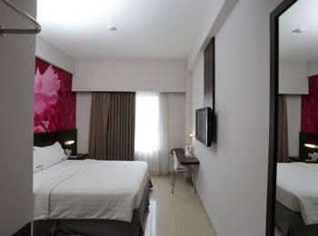 RedDoorz Plus near Mall Bali Galeria - RedDoorz Room Regular Plan