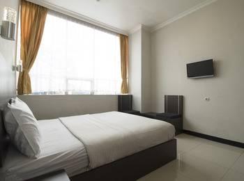RedDoorz @Cihampelas 3 Bandung - Reddoorz Room Special Promo Gajian