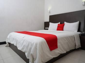 RedDoorz @Cihampelas 3 Bandung - RedDoorz Room Pegipegi 12.12