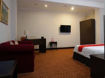 RedDoorz @Cihampelas 3 Bandung - Suite Exclusive Promotion