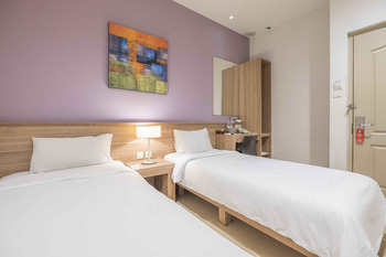 Aswin Hotel & Spa Makassar - Superior Twin Regular Plan
