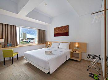 Whiz Hotel Sudirman Pekanbaru - Standard Double Room Only Regular Plan