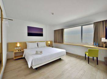 Whiz Hotel Sudirman Pekanbaru - Superior Double Room Only Regular Plan