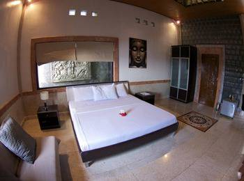 Puri Uluwatu Villas Bali - Deluxe One Bedroom Honeymoon Cottage Regular Plan