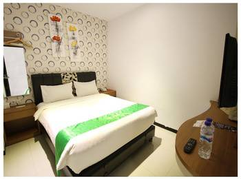 Tab Hotel Surabaya - Deluxe Room Room Only Regular Plan