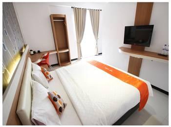 Tab Hotel Surabaya - Deluxe Room Regular Plan